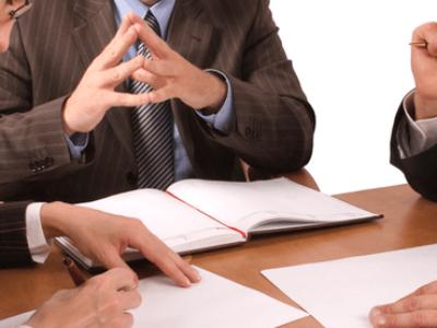 Comment adopter ou modifier une clause d'exclusion dans les statuts de la SAS