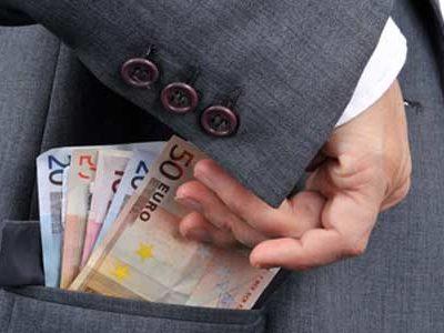 Détournement de fonds par un salarié : que faire ?